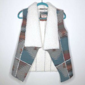 Mossimo Supply Co Tribal Vest Size Medium Faux Fur